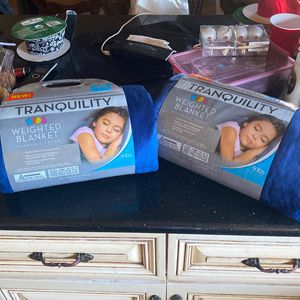 2 Kids Weighted Blankets for Sale in West Covina, CA
