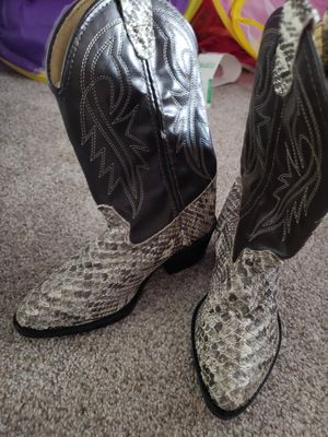 Girls size 9 Cowboy /Cowgirl Boots for Sale in Virginia Beach, VA