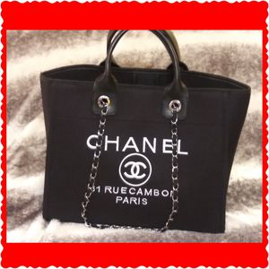 Large VIP Chanel Bag Tote Purse totes for Sale in Seal Beach, CA