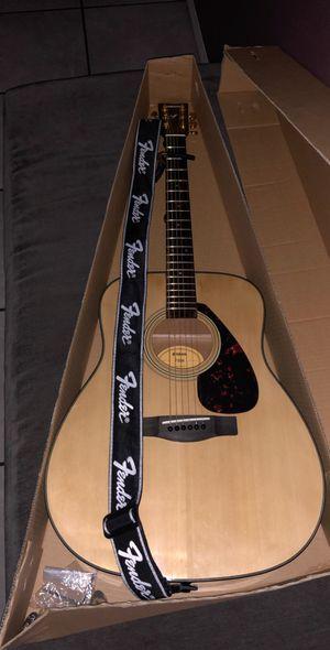 Yamaha Acoustic Guitar for Sale in Selma, CA