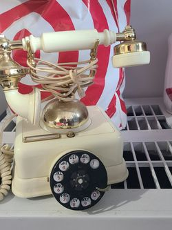Old Phone. Retro Vintage Style Rotary Dial Desk Telephone for Sale in Vancouver,  WA