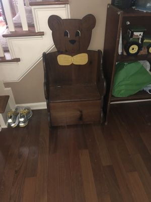 Toy chest and kids bench for Sale in Dallas, GA
