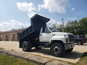 1999 CHEVY DUMP TRUCK for Sale in Cuyahoga Falls, OH