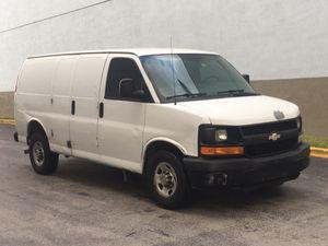 2012 Chevy express 2500 cargo work van for Sale in Pembroke Park, FL