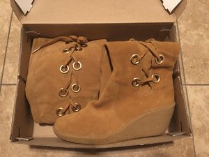 Michael Kors Boots for Sale in Compton, CA