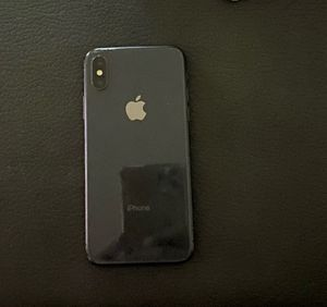 iPhone 10XR for Sale in Milwaukee, WI