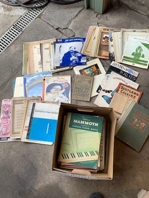 Vintage Sheet Music — FREE for Sale in Los Angeles, CA