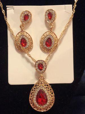Pendant & Necklace Set(Please Read Description) for Sale in Seattle, WA