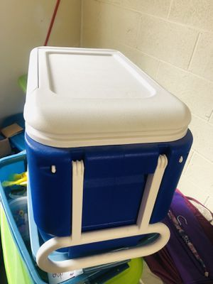 Cooler Box for Sale for Sale in Germantown, MD