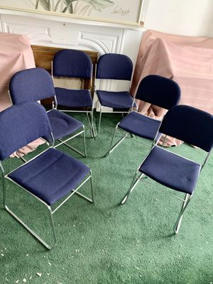 Pick up today set of 6 modern kitchen dining chairs for Sale in Monroeville, PA