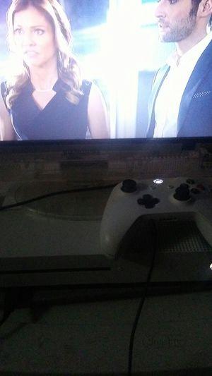 Xbox one s 1TB for Sale in Wichita, KS