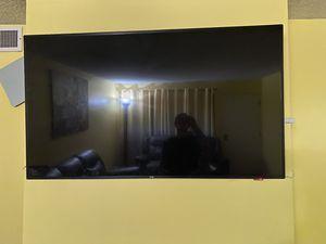 Lg 60 inch smart tv for Sale in Glendale, CA