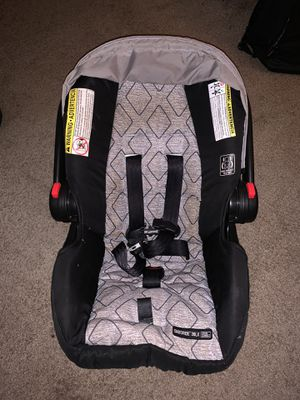 Graco SnugRide® Click Connect™ 30 LX Infant Car Seat for Sale in Orlando, FL