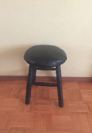 Small stool for Sale in Fresno, CA