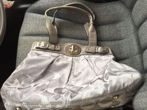 Coach leather ware purse for Sale in Audubon, NJ