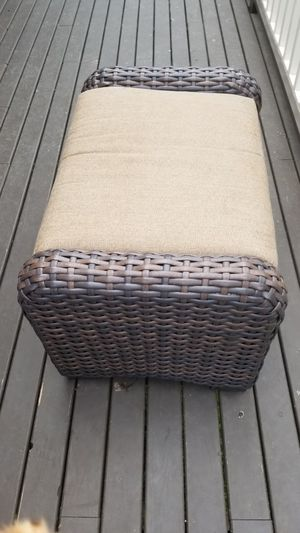 Outdoor furniture - ottoman for Sale in Port Orchard, WA