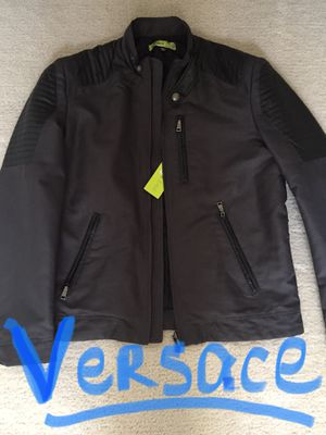 New ( over $500) VERSACE jacket , large, top quality, selling for $250!!!!!! for Sale in Chula Vista, CA