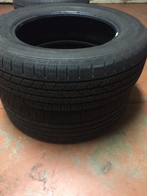 2 great used continental crossover tires P235/65r18 for Sale in Phoenix, AZ