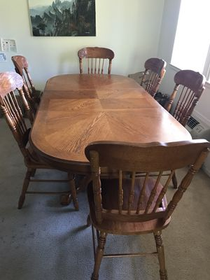 Table + 6 chairs for Sale in Los Altos, CA