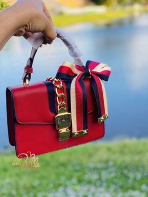 Tote red handbag for Sale in Boynton Beach, FL