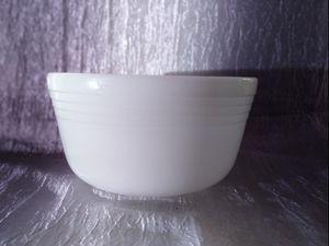 Vintage Hamilton Beach Pyrex No. 17 Milk Glass Mixing Bowl for Sale in Ravenna, OH