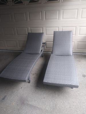 Outdoor patio chaise lounge chairs for Sale in Burbank, CA