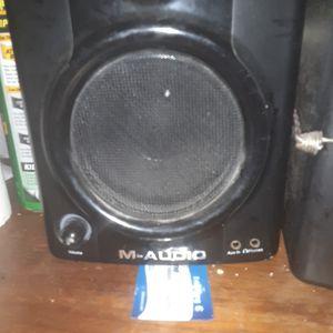 Sub (zero)zone speaker and desk items for Sale in Los Angeles, CA