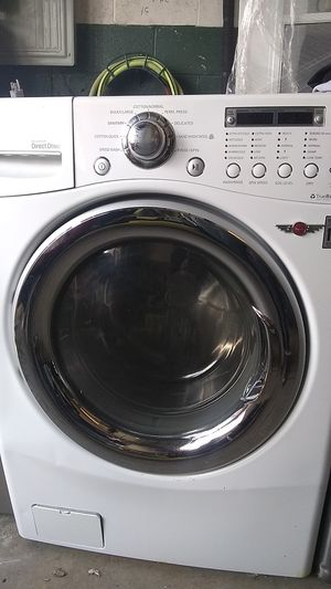 LG WASHER/DRYER COMBINED for Sale in Philadelphia, PA