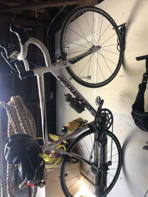 Cannondale bike for Sale in Clovis, CA