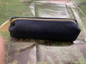 Denim Zipper Wallet / Case for Sale in Chula Vista, CA