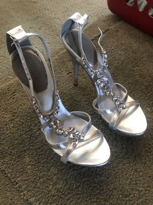Silver rhinestone lined heels for Sale in Fremont, CA