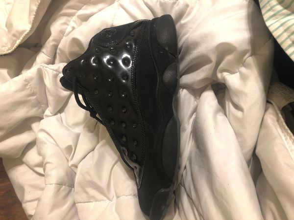 Jordan 13 cap and gown size 8.5