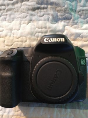 Canon EOS 40D with zoom lens don't know if it fit for Sale in New Britain, CT