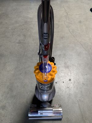Dyson Ball Multifloor+ Works perfect!! for Sale in Downey, CA