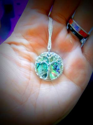 925Tree NaTuRaL ABaLoNe SHeLL NeCkLaCe for Sale in Bountiful, UT