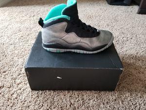 Jordan Retro Size 5 Jordan Retro Size 4.5 for Sale in Orlando, FL