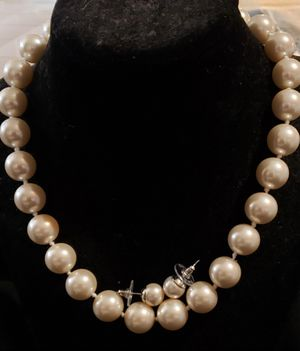Large Pearl Necklace Set for Sale in Lewisville, TX
