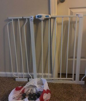 Safety baby's gate for Sale in Nashville, TN