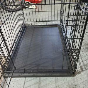 DOUBLE DOOR DOG CRATE for Sale in Oakley, CA
