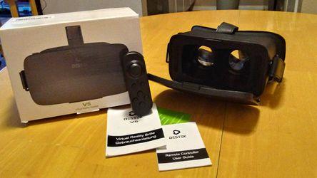 Destek V5 VR Headset 100 FOV Eye Protected Virtual Reality for Sale in Austin,  TX