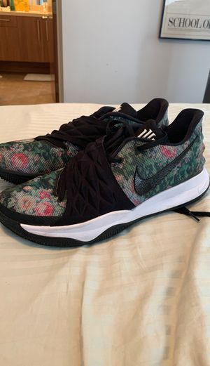 """Nike Kyrie Low """"Floral"""" Size 13 for Sale in Encinitas, CA"""