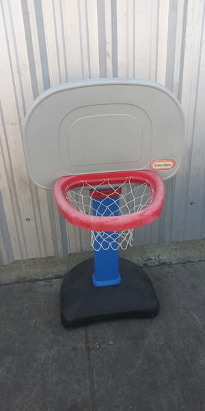 Kids basketball court toys for Sale in Los Angeles, CA