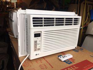HUGE DEAL on a LG Window AC Unit! 6,000 BTU's! for Sale in Everett, WA