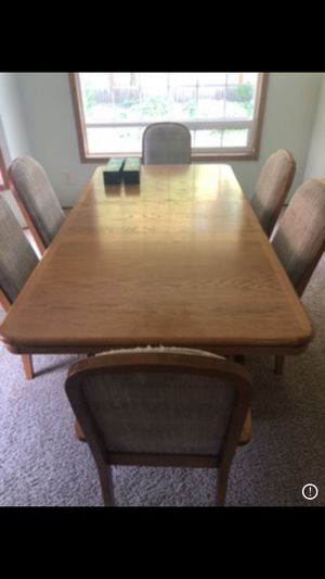 Kitchen table with 6 chairs for Sale in Everett, WA