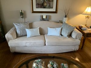 Free! Sofa couch in excellent condition. for Sale in Tinley Park, IL