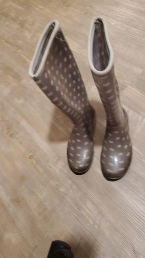 Polka dot rain boots sz.6 for Sale in Visalia, CA