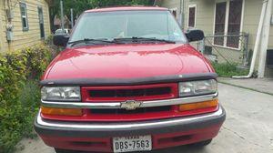 2000 chevy blazer 4 door for Sale in San Antonio, TX