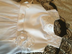 Little Girls White Dress for Sale in Raleigh, NC