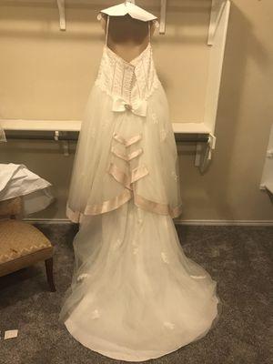 Wedding Dress size 18 for Sale in San Antonio, TX