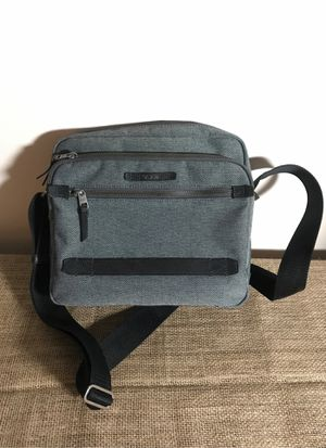 Tumi- crossbody messenger bag for Sale in Palatine, IL